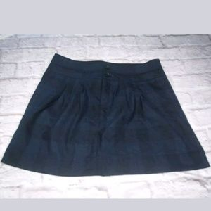 Gap size 6 stretch short skirt black and blue